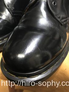 黒い革靴が艶々になった