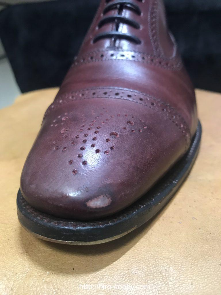 表面を削った革靴