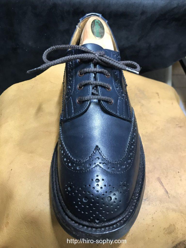 パラレルで通した革靴