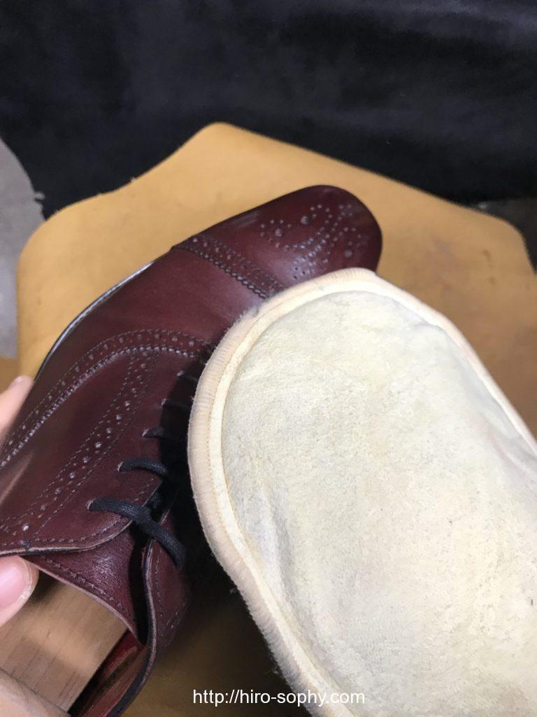 ミトンと革靴
