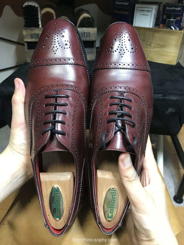 磨き終わった革靴