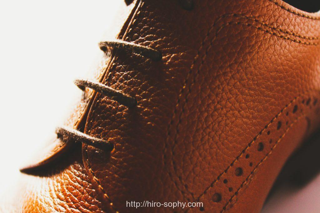 シボの茶靴のアッパー