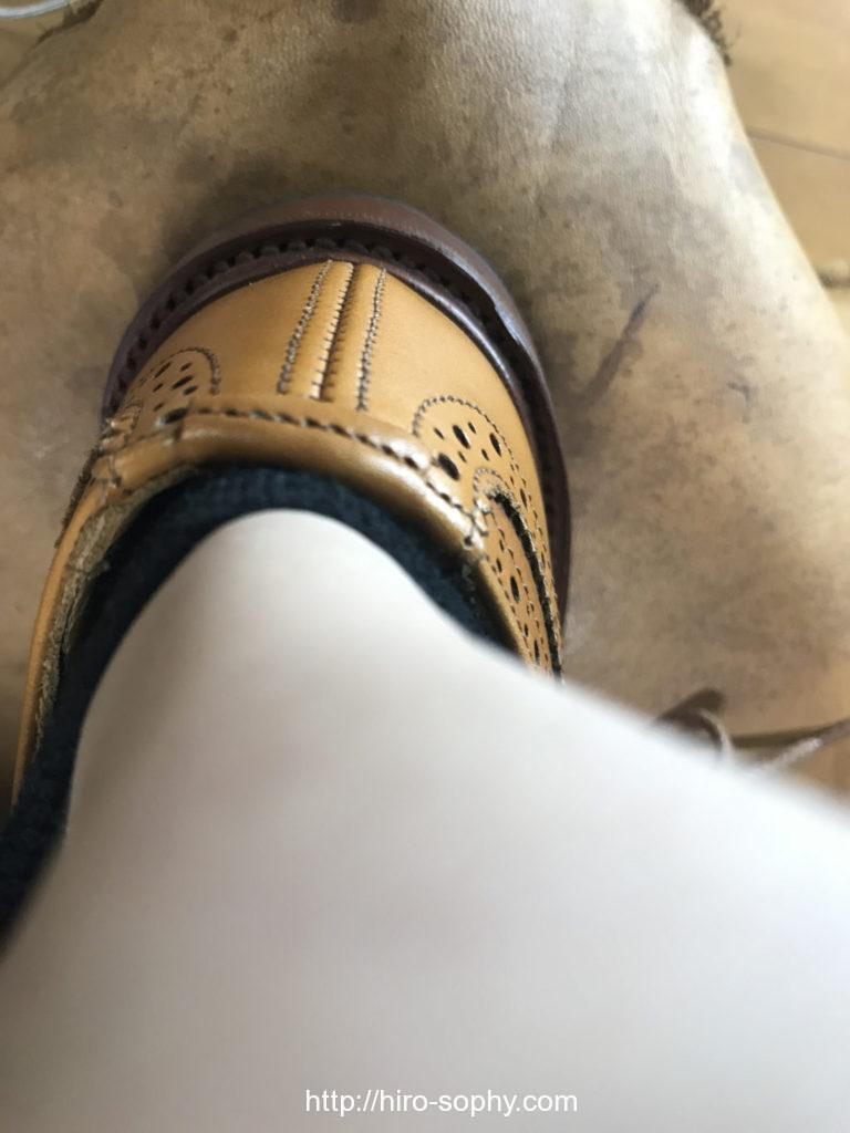 ピッタリのサイズを履いた足
