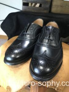 JOSEPH CHEANEYの黒の革靴