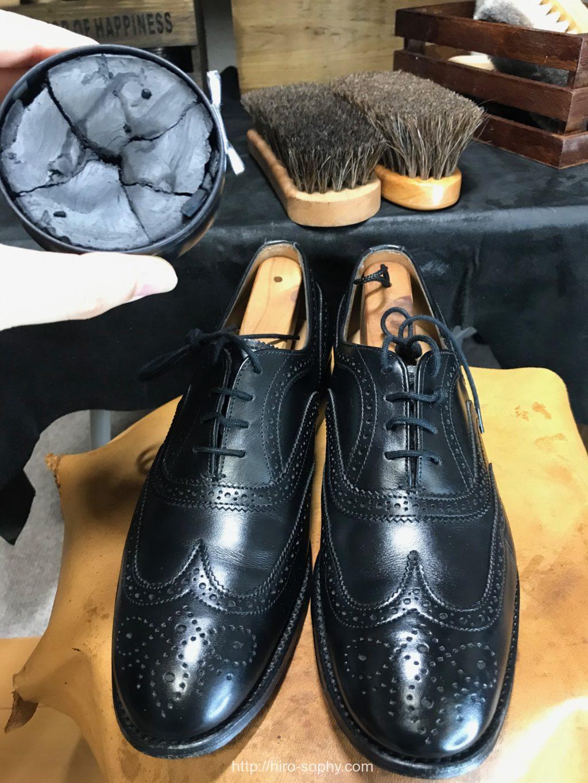 ワックスと革靴